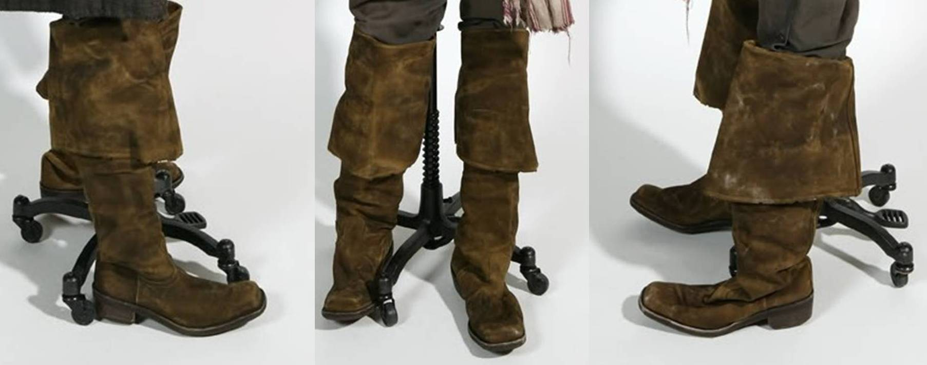 Reference Pictures - screenshot - costume display ... & Jack Sparrow Costuming - A Pirateu0027s Compendium